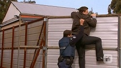 Matt Turner, Justin Clemens in Neighbours Episode 6991