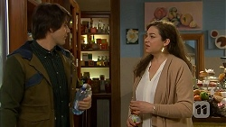 Chris Pappas, Patricia Pappas in Neighbours Episode 6991