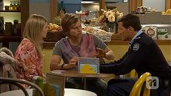 Amber Turner, Daniel Robinson, Matt Turner in Neighbours Episode 6991