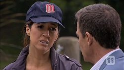 Dakota Davies, Paul Robinson in Neighbours Episode 6992