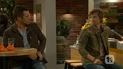 Mark Brennan, Daniel Robinson in Neighbours Episode 6992