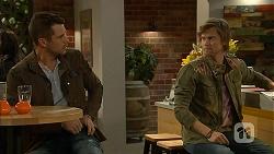 Mark Brennan, Daniel Robinson in Neighbours Episode 6992