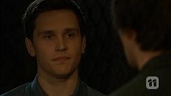 Josh Willis, Chris Pappas in Neighbours Episode 6992