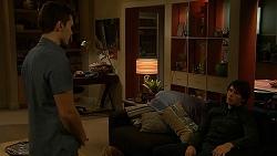 Josh Willis, Chris Pappas in Neighbours Episode 6993