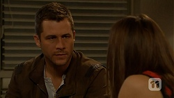 Mark Brennan, Paige Novak in Neighbours Episode 6993