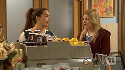 Paige Novak, Amber Turner in Neighbours Episode 6993