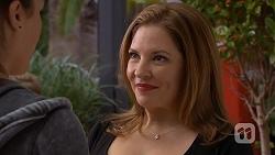 Paige Novak, Terese Willis in Neighbours Episode 6993