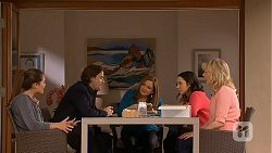 Paige Smith, Brad Willis, Terese Willis, Imogen Willis, Lauren Turner in Neighbours Episode 6994
