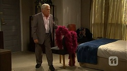 Lou Carpenter in Neighbours Episode 6994