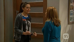 Paige Smith, Terese Willis in Neighbours Episode 6994