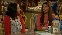 Imogen Willis, Paige Novak in Neighbours Episode 6995