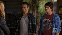 Nate Kinski, Chris Pappas in Neighbours Episode 6996