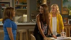 Terese Willis, Paige Novak, Lauren Turner in Neighbours Episode 6997
