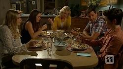 Amber Turner, Paige Novak, Lauren Turner, Matt Turner, Bailey Turner in Neighbours Episode 6997