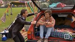 Paul Robinson, Daniel Robinson in Neighbours Episode 6998
