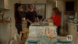 Paige Smith, Brad Willis, Terese Willis in Neighbours Episode 6999