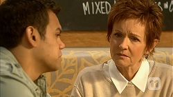Nate Kinski, Susan Kennedy in Neighbours Episode 6999