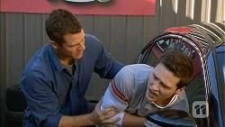 Mark Brennan, Josh Willis in Neighbours Episode 7002