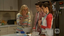 Lauren Turner, Bailey Turner, Paige Novak in Neighbours Episode 7002