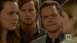 Rain Taylor, Daniel Robinson, Paul Robinson, Amber Turner in Neighbours Episode 7003