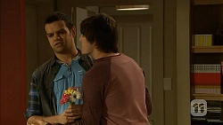 Nate Kinski, Chris Pappas in Neighbours Episode 7005