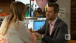 Sonya Rebecchi, Mark Brennan in Neighbours Episode 7007