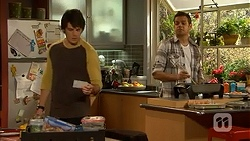 Chris Pappas, Nate Kinski in Neighbours Episode 7008