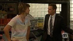 Daniel Robinson, Paul Robinson in Neighbours Episode 7008