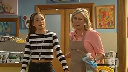 Paige Novak, Lauren Turner in Neighbours Episode 7009