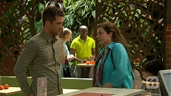 Mark Brennan, Patricia Pappas in Neighbours Episode 7009