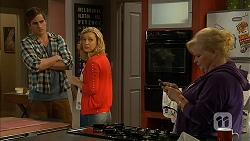 Kyle Canning, Georgia Brooks, Sheila Canning in Neighbours Episode 7010