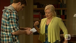 Kyle Canning, Sheila Canning in Neighbours Episode 7010