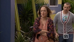 Sonya Mitchell, Toadie Rebecchi in Neighbours Episode 7010