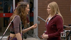 Rain Taylor, Amber Turner in Neighbours Episode 7011