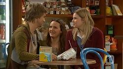 Daniel Robinson, Rain Taylor, Amber Turner in Neighbours Episode 7011