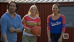 Brad Willis, Lauren Turner, Paige Smith in Neighbours Episode 7012