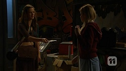 Rain Taylor, Amber Turner in Neighbours Episode 7012