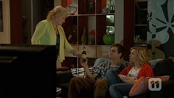 Sheila Canning, Kyle Canning, Georgia Brooks in Neighbours Episode 7012