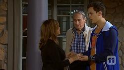Terese Willis, Doug Willis, Josh Willis in Neighbours Episode 7013