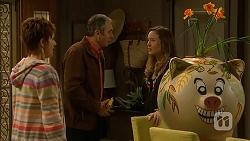 Susan Kennedy, Karl Kennedy, Sonya Rebecchi in Neighbours Episode 7013