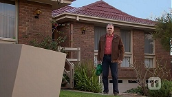 Karl Kennedy in Neighbours Episode 7013
