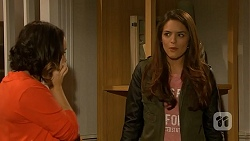 Imogen Willis, Paige Smith in Neighbours Episode 7014