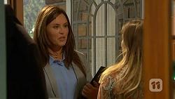 Isabella Pinter, Sonya Rebecchi in Neighbours Episode 7014