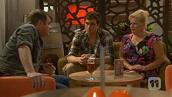 Gary Canning, Kyle Canning, Sheila Canning in Neighbours Episode 7015