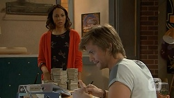 Imogen Willis, Daniel Robinson in Neighbours Episode 7016