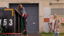 Rain Taylor, Amber Turner in Neighbours Episode 7016