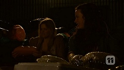 Amber Turner, Rain Taylor in Neighbours Episode 7016
