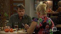 Gary Canning, Sheila Canning in Neighbours Episode 7016