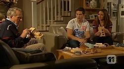 Doug Willis, Josh Willis, Paige Novak in Neighbours Episode 7017