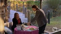 Terese Willis, Brad Willis in Neighbours Episode 7017